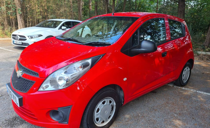 IDEAL FIRST CAR ..CHEVROLET SPARK 1.0.. 5 DOOR ..2012 RED 77,000 MILES LOCAL CAR TO US..MOT FEB 2022 ..WARRANTY